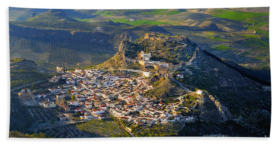 Architecture Bath Sheet featuring the photograph Moclin Castle From The Air by Guido Montanes Castillo