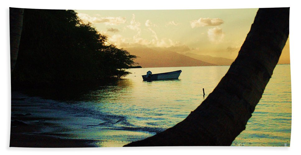 Molokai Hand Towel featuring the photograph Molokai Beach by Terry Holliday