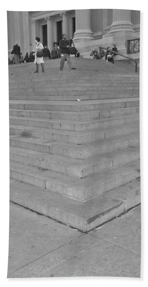Scenic Hand Towel featuring the photograph Moma Stairs In Black And White by Rob Hans