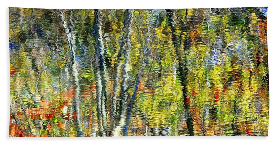 Landscape Bath Sheet featuring the photograph Monet Lives On by Frozen in Time Fine Art Photography
