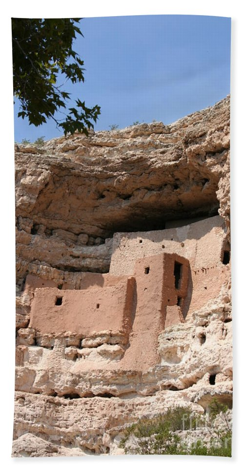 Cliff Dwellings Bath Sheet featuring the photograph Montezuma Castle by Christiane Schulze Art And Photography
