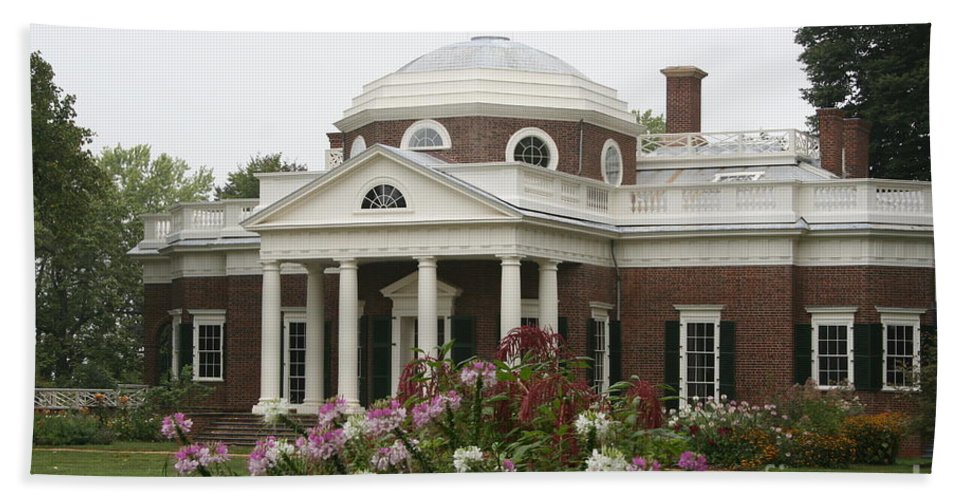 Monticello Bath Sheet featuring the photograph Monticello Estate by Christiane Schulze Art And Photography