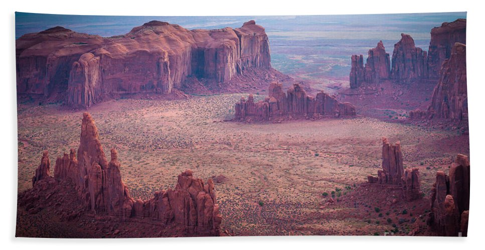 America Bath Sheet featuring the photograph Monument Valley From Hunts Mesa by Inge Johnsson