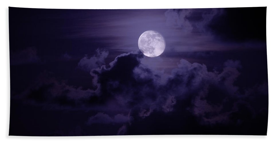 Nature Bath Towel featuring the photograph Moody Moon by Chad Dutson
