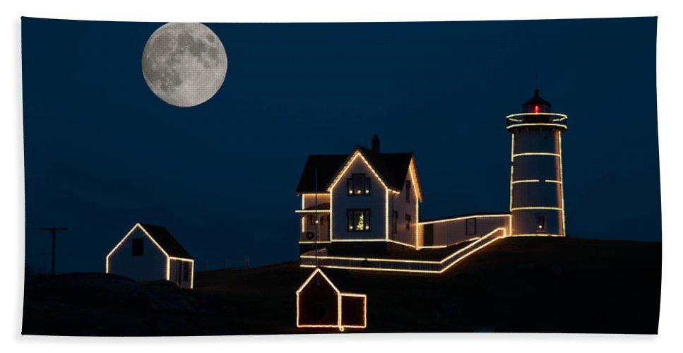 Atlantic Ocean Bath Sheet featuring the photograph Moon Over Cape Neddick by Guy Whiteley