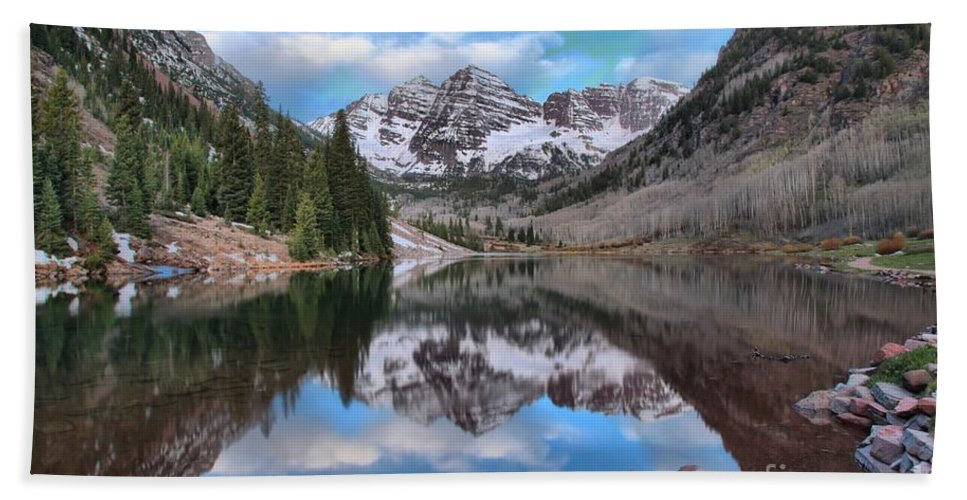 Maroon Bells Bath Sheet featuring the photograph Morning At The Bells by Adam Jewell