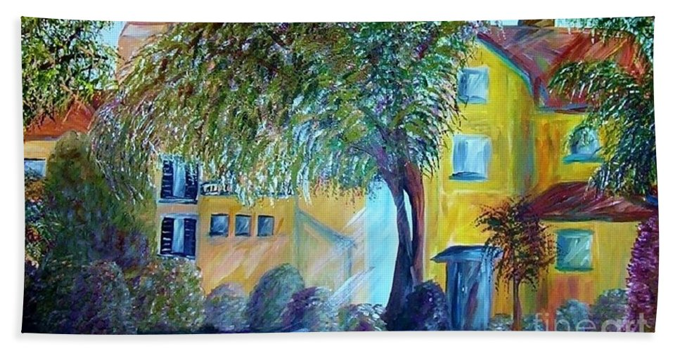 Tuscan Bath Towel featuring the painting Morning In Tuscany by Eloise Schneider