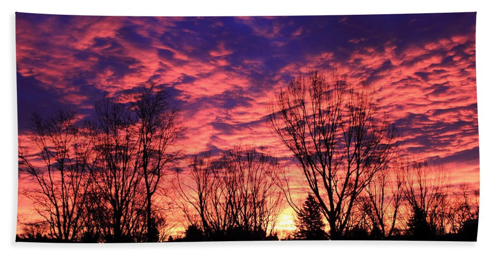 Sunrise Hand Towel featuring the photograph Morning Reflection by Shane Bechler