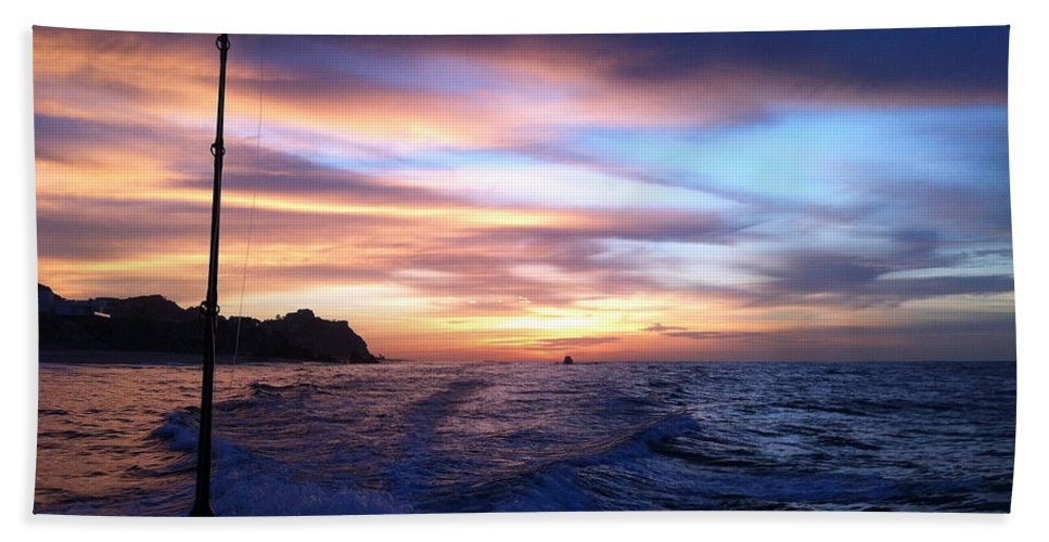 Sunrise Hand Towel featuring the photograph Morning Skies by Sara Stevenson