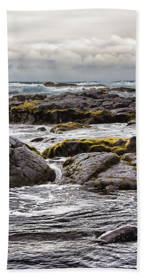 Moss Hand Towel featuring the photograph Moss Rocks Hawaii by Douglas Barnard