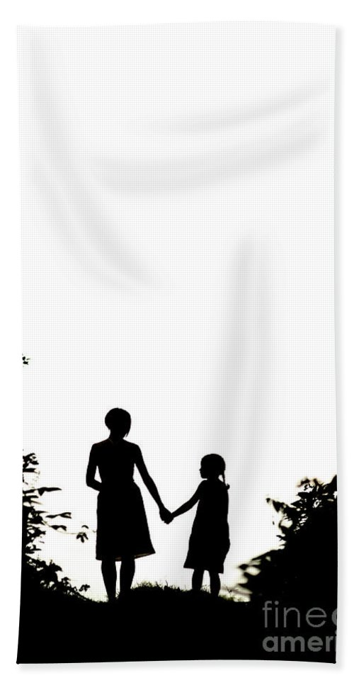 Mother Hand Towel featuring the photograph Mother And Daughter Holding Hands by Lee Avison