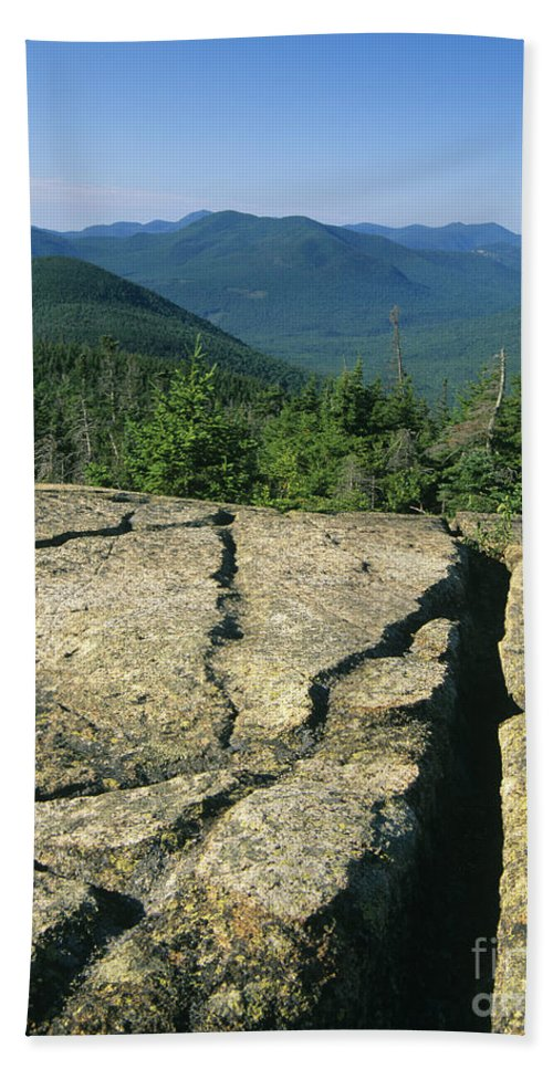 Hike Bath Sheet featuring the photograph Mount Crawford - White Mountains New Hampshire by Erin Paul Donovan