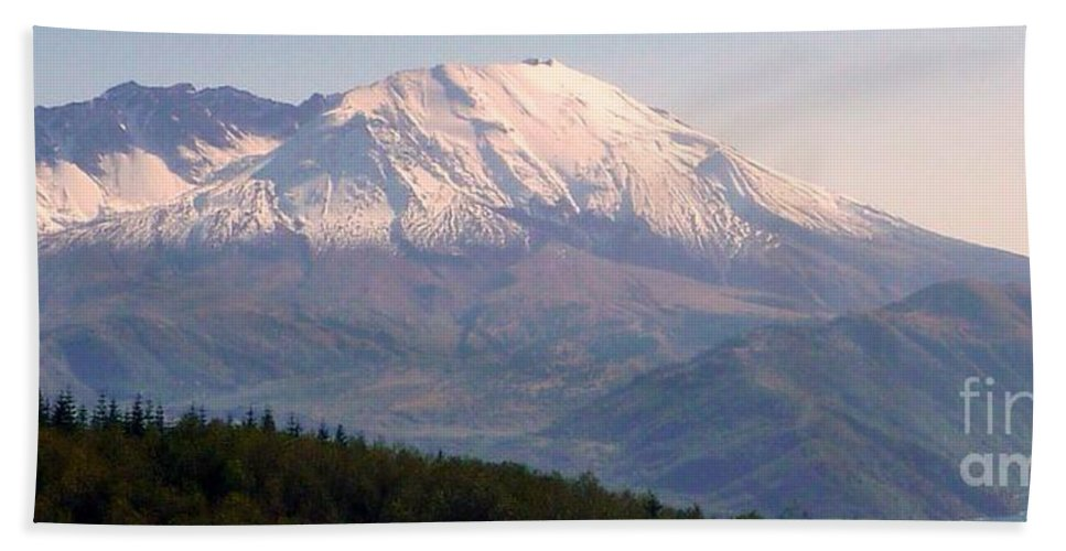 Mount Saint Helens Volcano Bath Sheet featuring the photograph Mount Saint Helens Spirit by Susan Garren