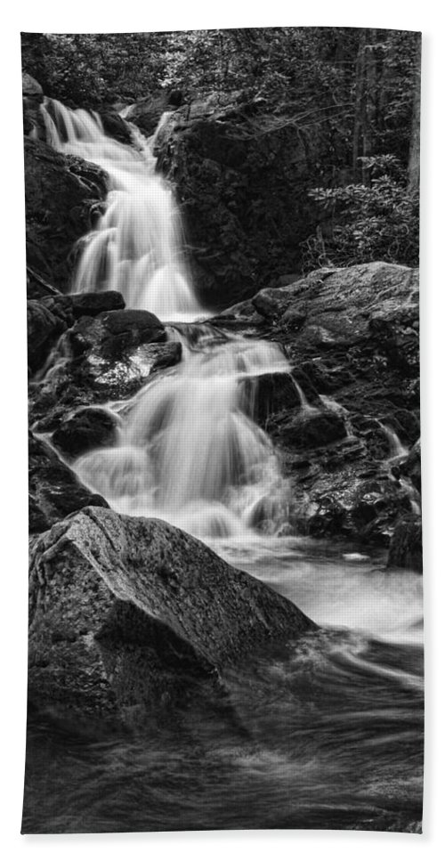 Waterfall Hand Towel featuring the photograph Mouse Creek Falls by Shari Jardina