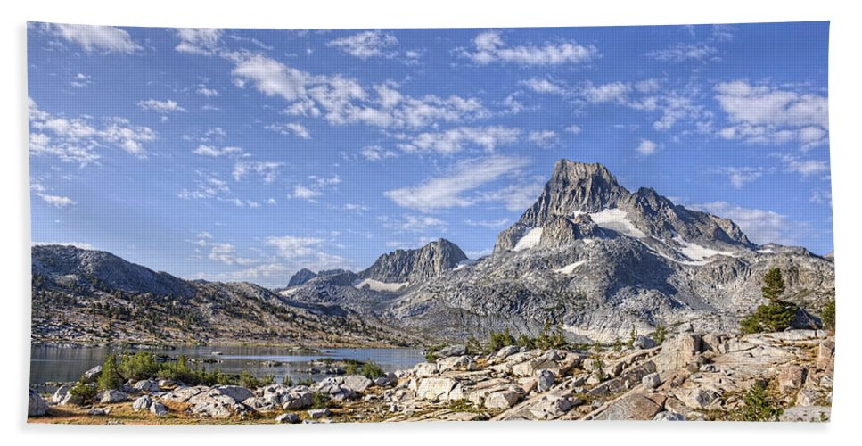 Mountain Hand Towel featuring the photograph Mt Banner by Dianne Phelps