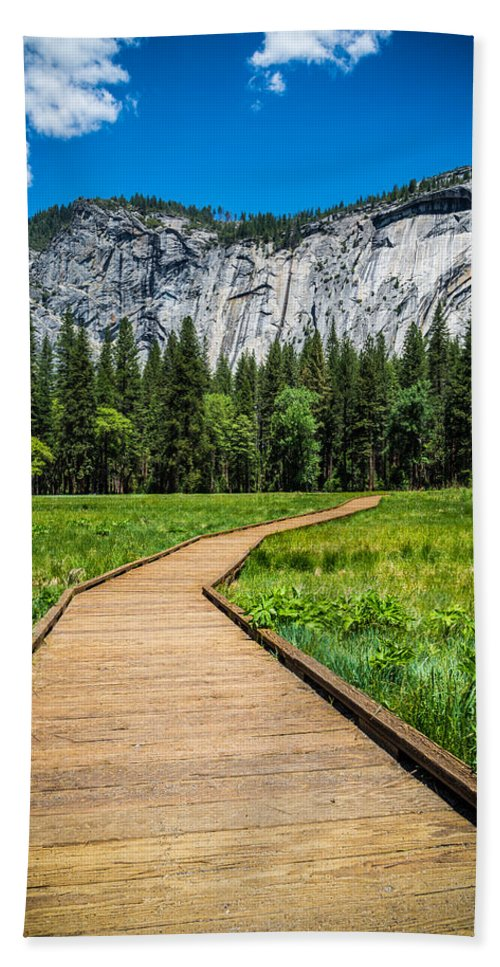 Yosemite Bath Sheet featuring the photograph My Kind Of Trail by Kristopher Schoenleber