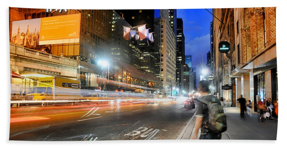 Nyc Bath Sheet featuring the photograph My Way Home by Diana Angstadt