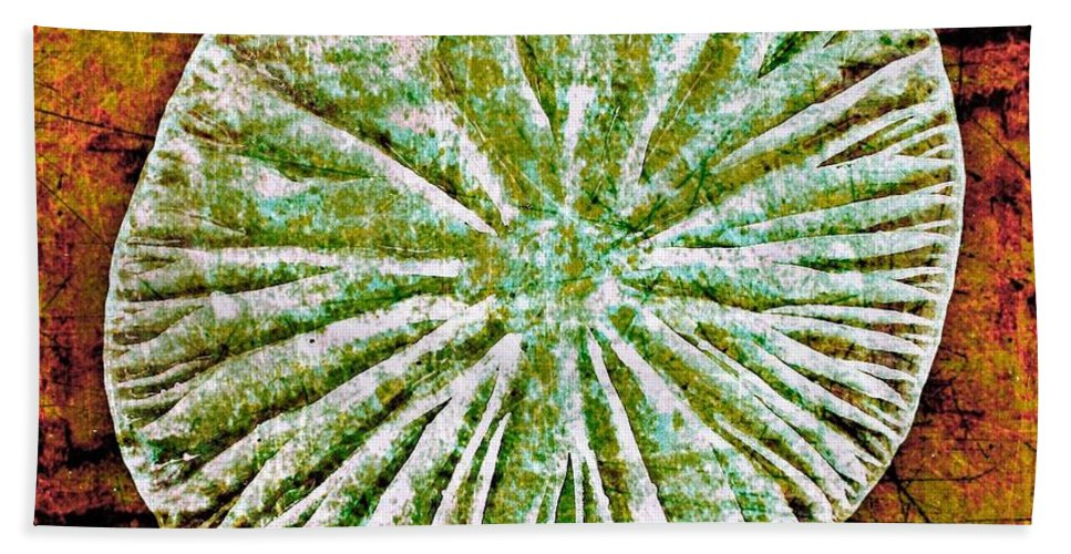 Texture Bath Sheet featuring the digital art Nature Abstract 5 by Maria Huntley