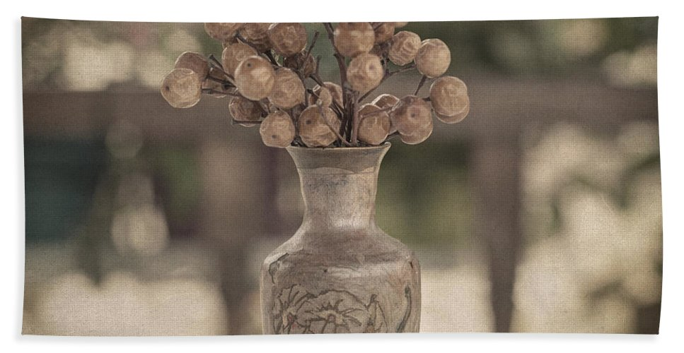 Still Life Hand Towel featuring the photograph Nature Morte by Zapista