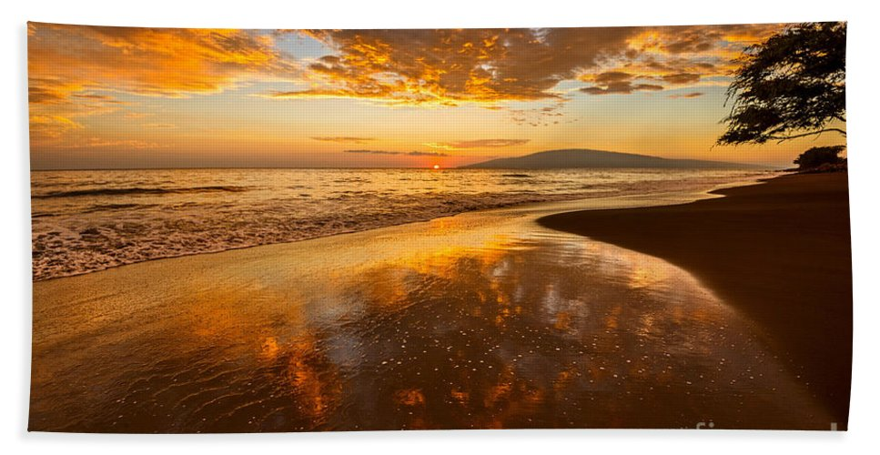 Beach Bath Sheet featuring the photograph Nature's Painting by Jamie Pham