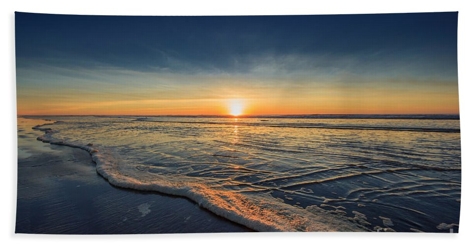 Sunset Photography Print Bath Towel featuring the photograph Navy Sunset by Lucid Mood