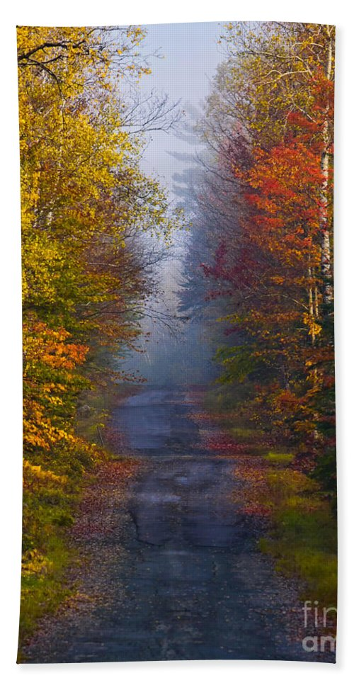 Back Road Hand Towel featuring the photograph New Hampshire Back Road by Jerry Fornarotto