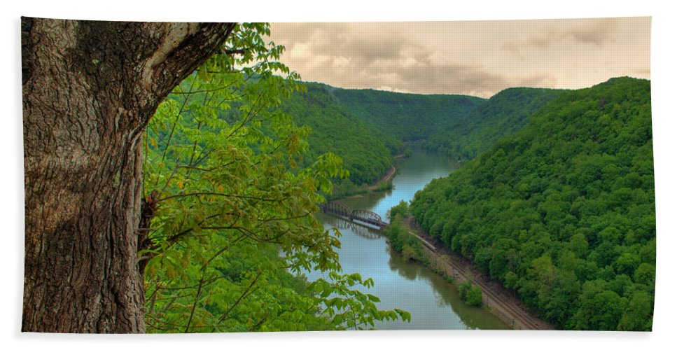 Featured Art Bath Sheet featuring the photograph New River Railroad Bridge At Hawk's Nest by Paulette B Wright