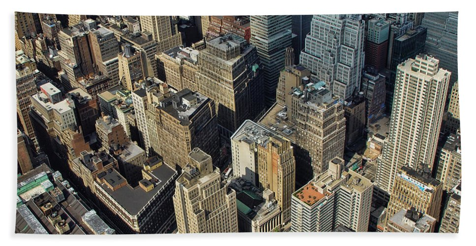Flatiron Bath Sheet featuring the photograph New York Architecture by New York