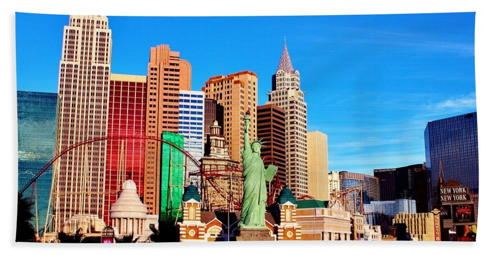 Las Vegas Bath Sheet featuring the photograph New York Nevada by Benjamin Yeager