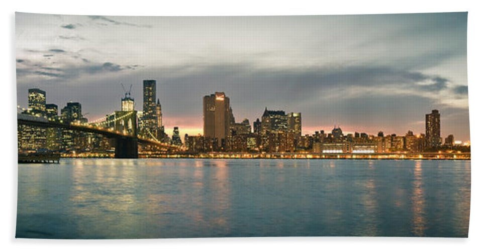 New York City Bath Sheet featuring the photograph New York City - Brooklyn Bridge To Manhattan Bridge Panorama by Thomas Richter