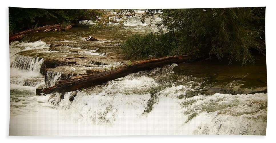 Niagra Falls Bath Sheet featuring the photograph Niagra River Just Before The Falls by Jennifer Craft