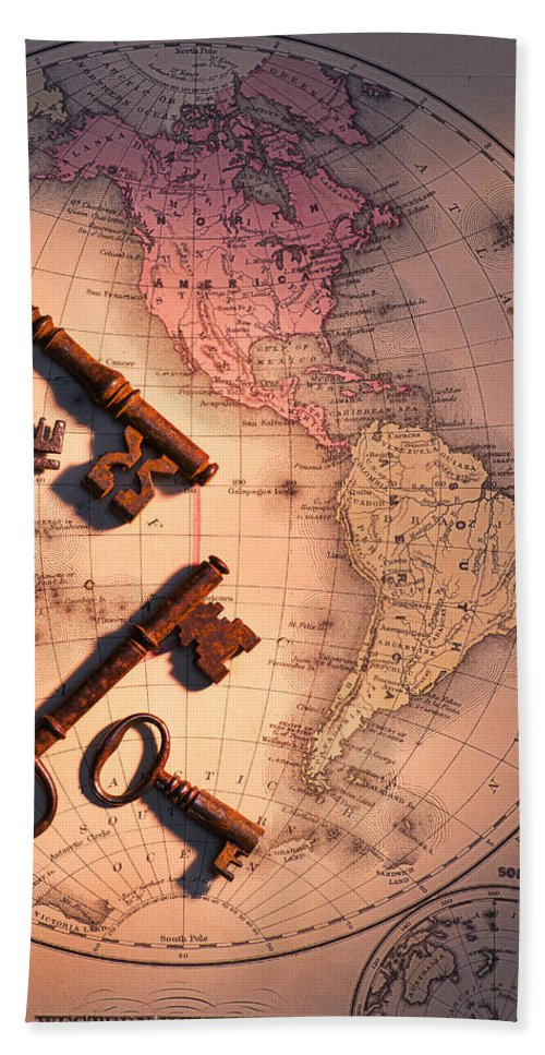 Old Bath Sheet featuring the photograph North America And Old Keys by Garry Gay