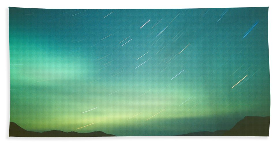 Canada Hand Towel featuring the photograph Northern Lights Over Bove Island by Tracy Knauer