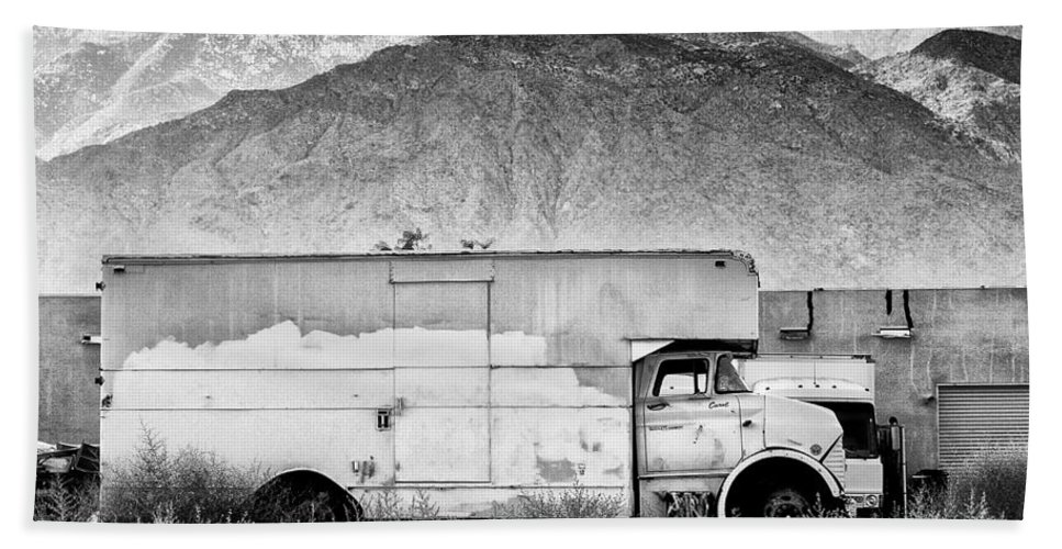 Desert Bath Sheet featuring the photograph Not In Service Bw Palm Springs by William Dey