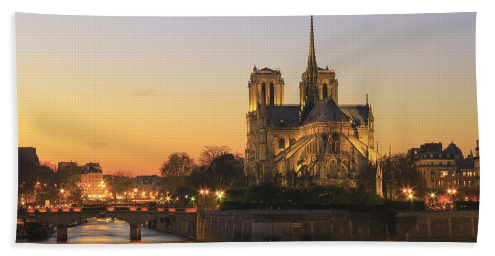 Architecture Hand Towel featuring the photograph Notre Dame Cathedral At Sunset Paris France by Ivan Pendjakov
