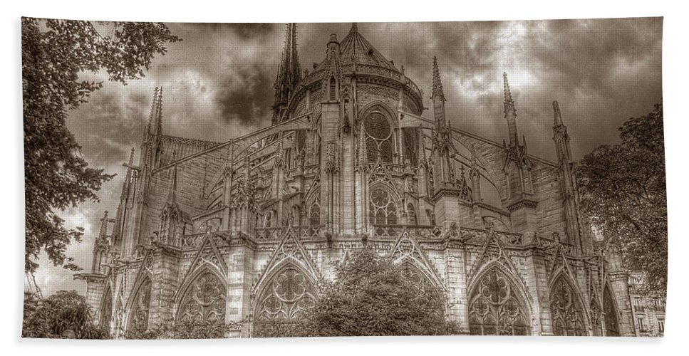 Notre Dame Bath Sheet featuring the photograph Notre Dame From East Garden by Michael Kirk