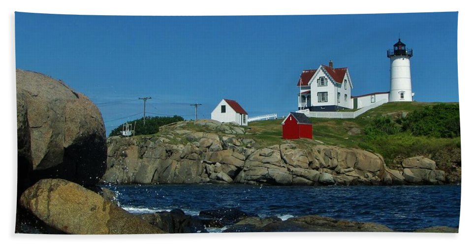 York Maine Hand Towel featuring the photograph Nubble Light House York Beach Maine by Michael Saunders