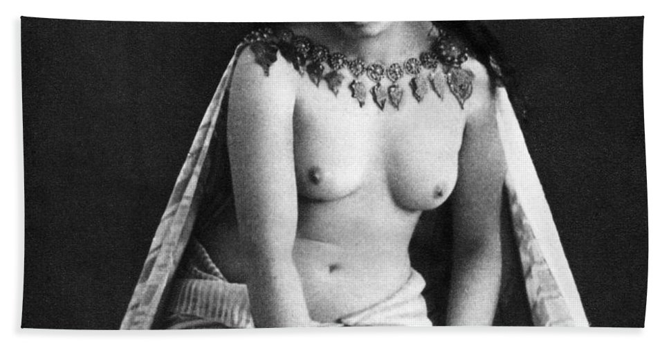 1850 Hand Towel featuring the photograph Nude As Ancient Ruler by Granger