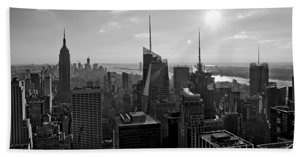 Black And White Hand Towel featuring the photograph Ny Times Skyline Bw by S Paul Sahm