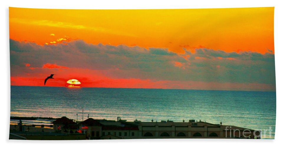 Ocean City New Jersey Bath Sheet featuring the photograph Ocean City Sunrise Over Music Pier by Beth Ferris Sale