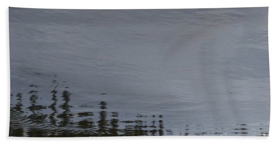 Ocean Bath Sheet featuring the photograph Ocean Commotion by Brian Boyle