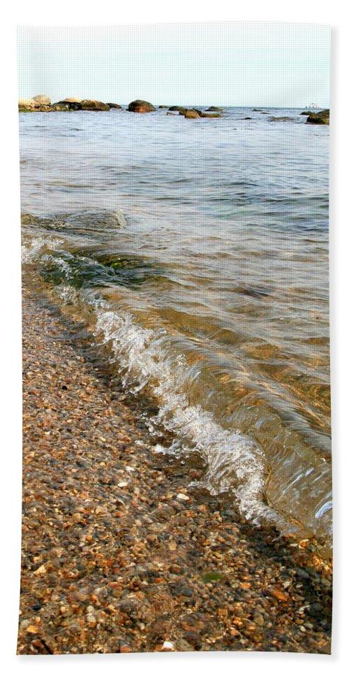 Ocean Bath Sheet featuring the photograph Ocean Curl by Neal Eslinger