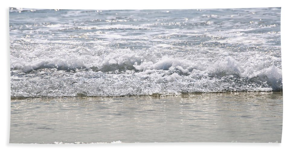 Water Bath Sheet featuring the photograph Ocean Shore With Sparkling Waves by Elena Elisseeva