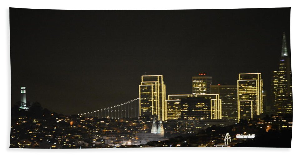 Hand Towel featuring the photograph Oh San Francisco by Beth Sanders