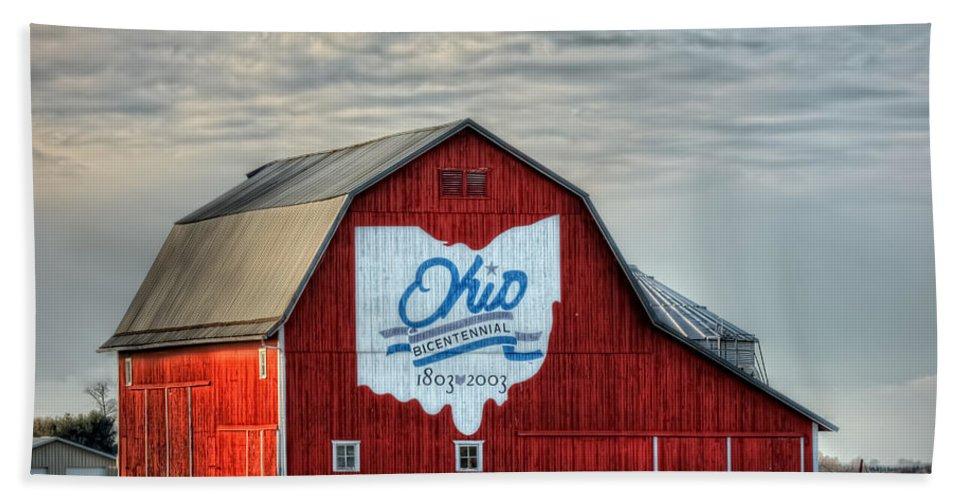 Ohio Hand Towel featuring the photograph Ohio Bicentennial Barn -van Wert County by Pamela Baker