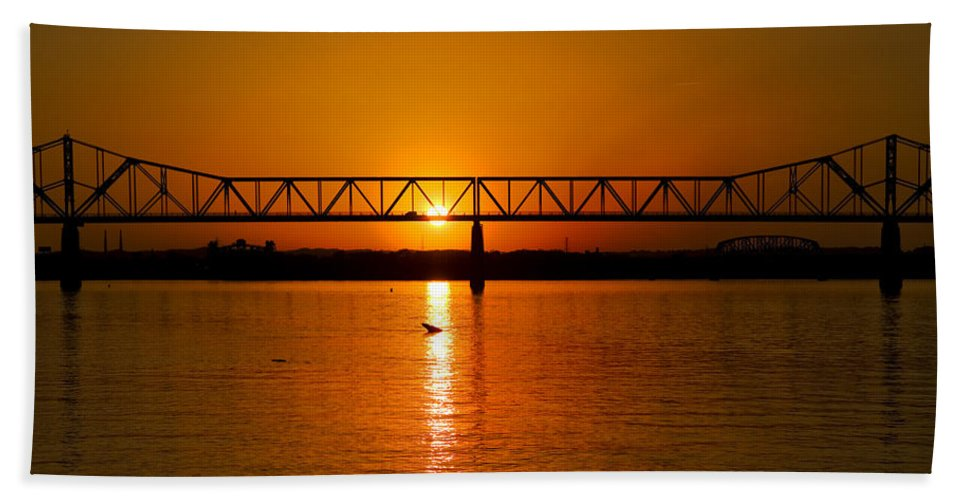 Ohio River Bath Sheet featuring the photograph Ohio Sunset by Diana Powell