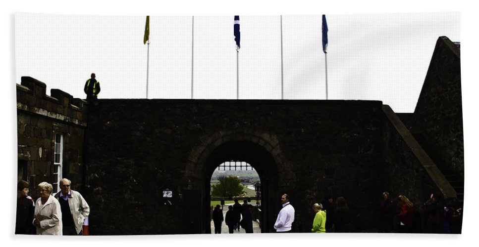 Action Bath Sheet featuring the digital art Oil Painting - Tourists Inside The Stirling Castle In Scotland Near The Entrance by Ashish Agarwal