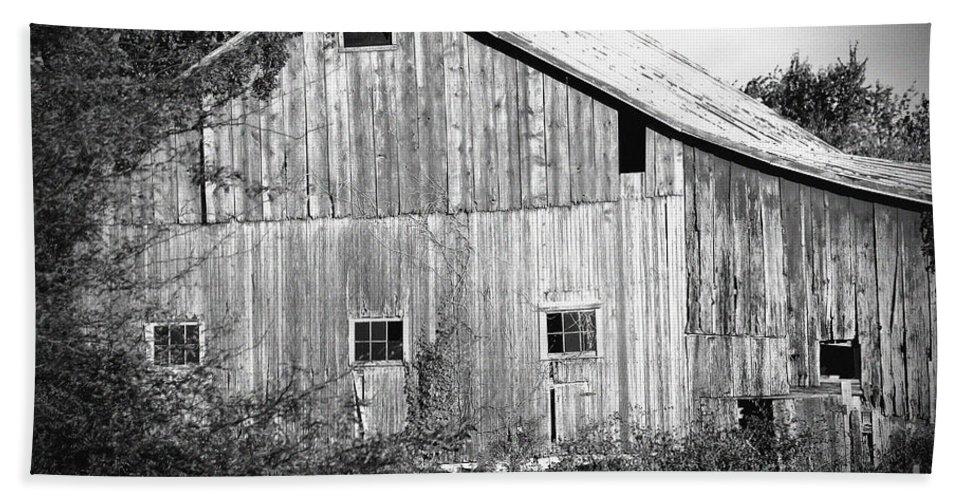Barn Bath Sheet featuring the photograph Old Barn by Karen Adams