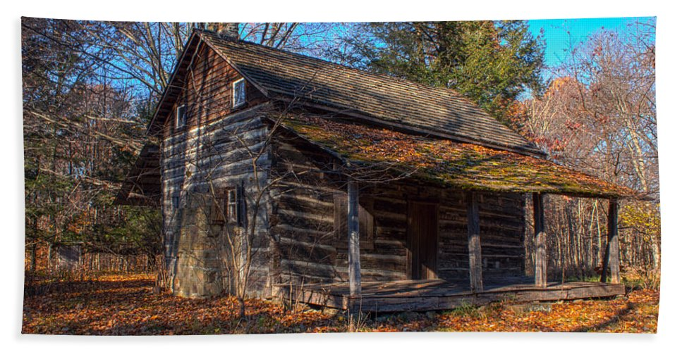 Cabin Hand Towel featuring the photograph Old Cabin In The Woods by Thomas Sellberg