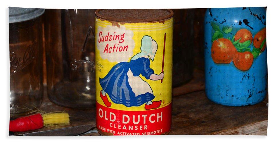 Dutch Cleanser Bath Sheet featuring the photograph Old Dutch by David Lee Thompson